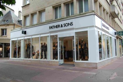Father and Sons - commerces Caen